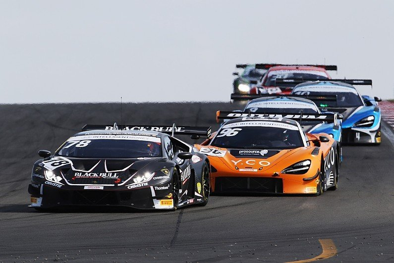 The unpopular tweaks contributing to a classic British GT fight