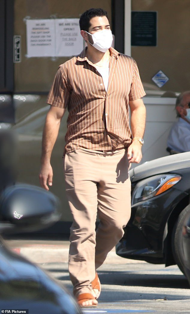 Jesse Metcalfe , 41, stepped out for a lunch date at a deli in Bel-Air in a brown ensemble