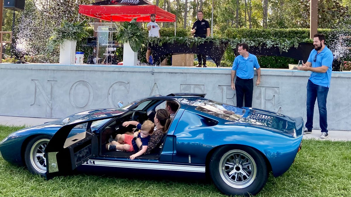 Powerful performance GT40 stars in Art 039n Motion039s first PV