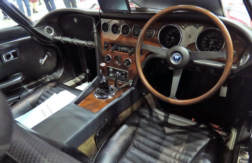 Even the interior of the Toyota 2000GT is worth a million dollars!