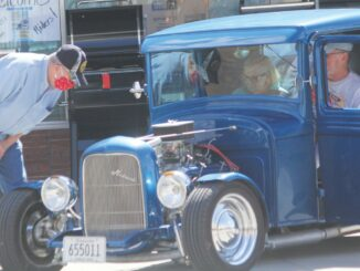 1620368061 New and old classic vehicles roll into downtown Marshall