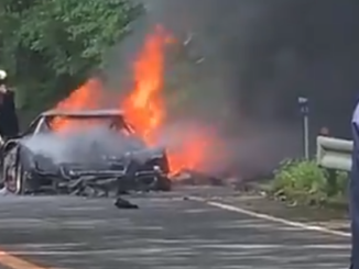 A Ferrari F40 Just Burned to the Ground in Japan.00xh00resize640