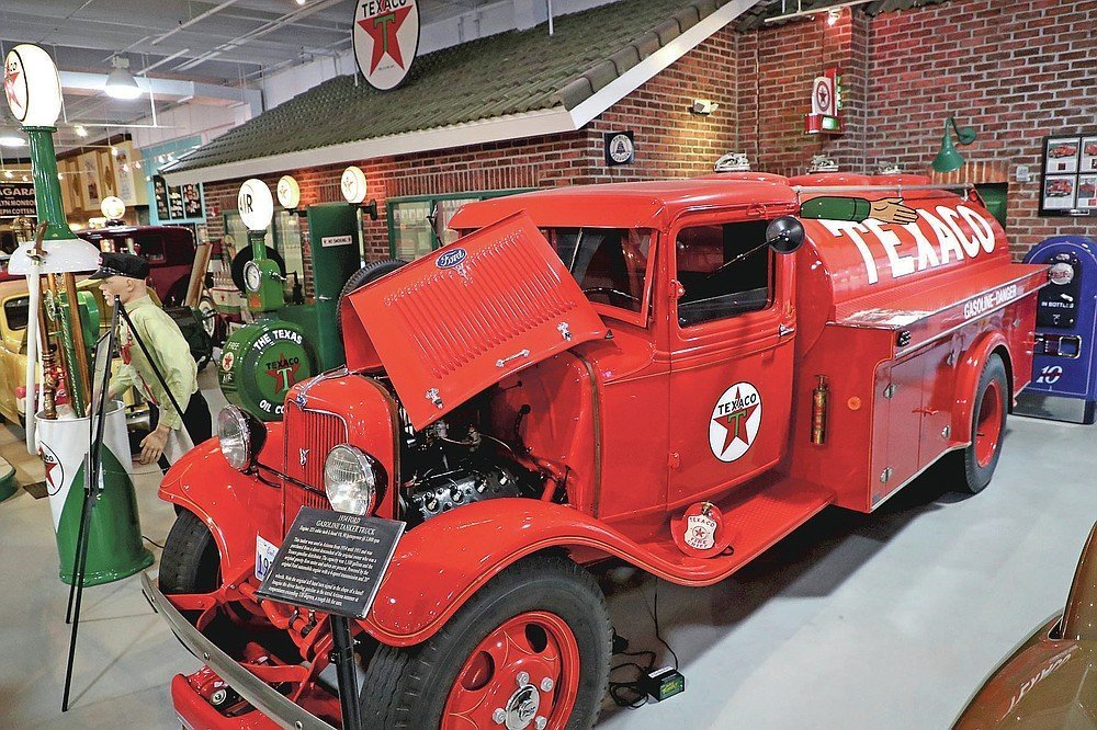 After 20 years secret classic car museum opens to public