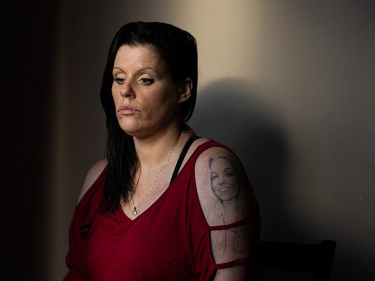 Michelle's tattoo preserves her daughter's memory (Photograph by Carlos Osorio)