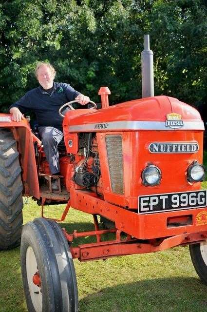Tim Wale's 1969 Nuffield 465 tractor